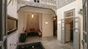 Next to the Bahia palace, beautiful riad, family foothold and eventually rental income when you are away