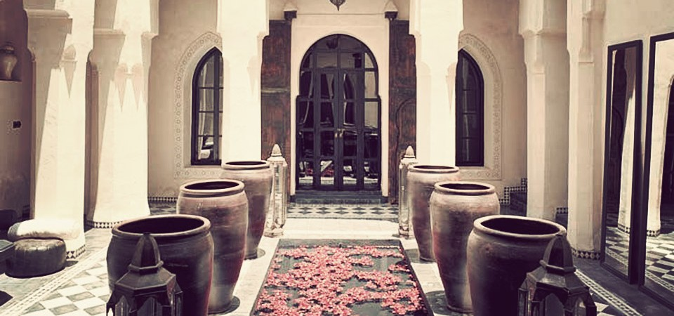 Exceptional riad, double patio, pool, hammam spa, beautiful volumes, with direct access by car