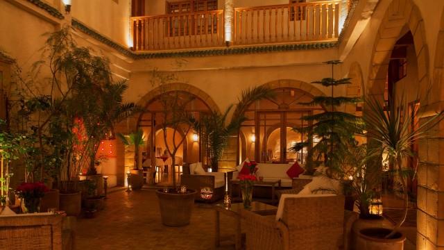 Une des plus belles maisons d'hôtes de la médina d'Essaouira. Riad avec de très belles prestations, remarquable confort de haut standing