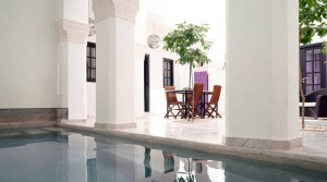 What a beautiful riad. 8 bedrooms, double patio, pool, hammam spa, in the heart of the medina