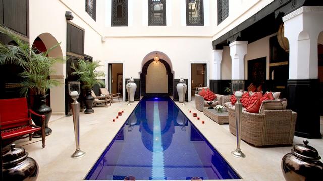 Luxueux riad à Marrakech. Exceptionnelles finitions, décoration raffinée et un confort de vie juste remarquable, très rare dans la médina