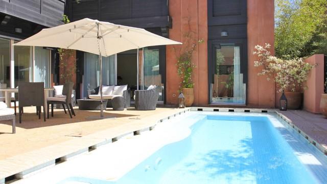 Villa riad dans un complexe hôtelier, 3 chambres, piscine, remarquables prestations