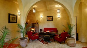 In the medina of Essaouira, nice house with 5 bedrooms or a soothing ambience prevails