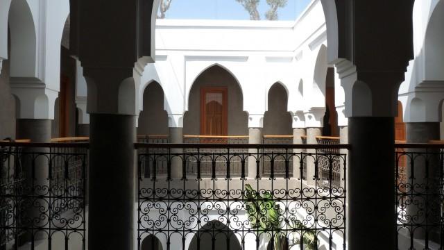 Remarquable riad, réussite parfaite entre l'art Mauresque et contemporain, 8 belles chambres, piscine, jacuzzi sur terrasse, dans l'un des meilleurs quartiers de la médina