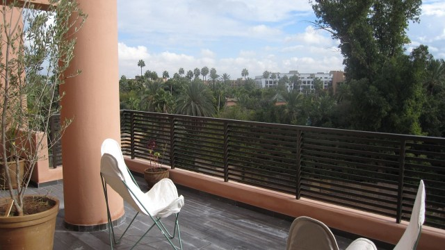 Splendide appartement de beau standing, 2 chambres et magnifique terrasse avec vue sur le jardin de Majorelle