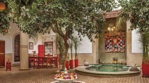 Authentique, magnifique riad de 7 chambres, très beau patio, piscine, hammam, accès voiture