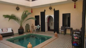 Very beautiful riad with a nice light, 5 bedrooms, swimming pool, in an excellent district