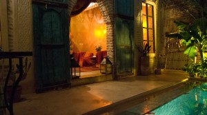 Its charm can not leave you indifferent, double patio riad, 5 bedrooms, pool and nice terrace