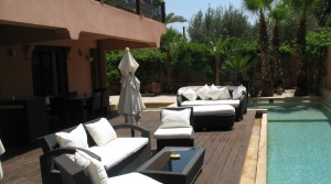 Sumptuous apartment of 3 bedrooms, private garden with pool and jacuzzi, in the best of neighborhoods