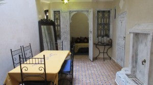 Small riad beldi, still offering 4 bedrooms, in a very quiet district