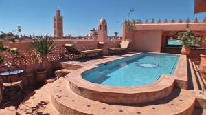 Authentic Riad, 15 bedrooms, swimming pool on the terrace, the best district of the medina, 20 years of operation, need I say more