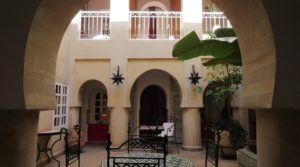 Authentic riad located near the site of the spices. 6 bedrooms and beautiful terrace