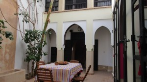 Riad with 3 bedrooms, ideally located, close car access