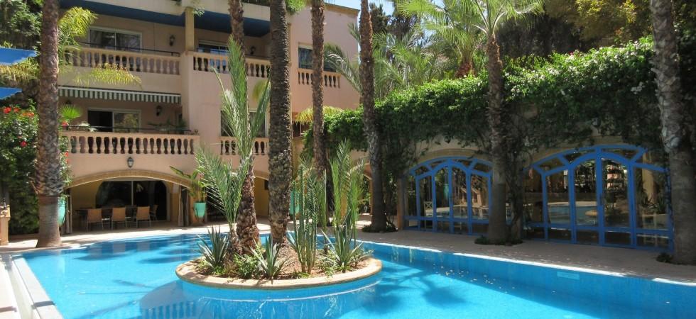 Somptueuse villa de 6 chambres, magnifique piscine, situé dans l'excellent quartier de l'hivernage