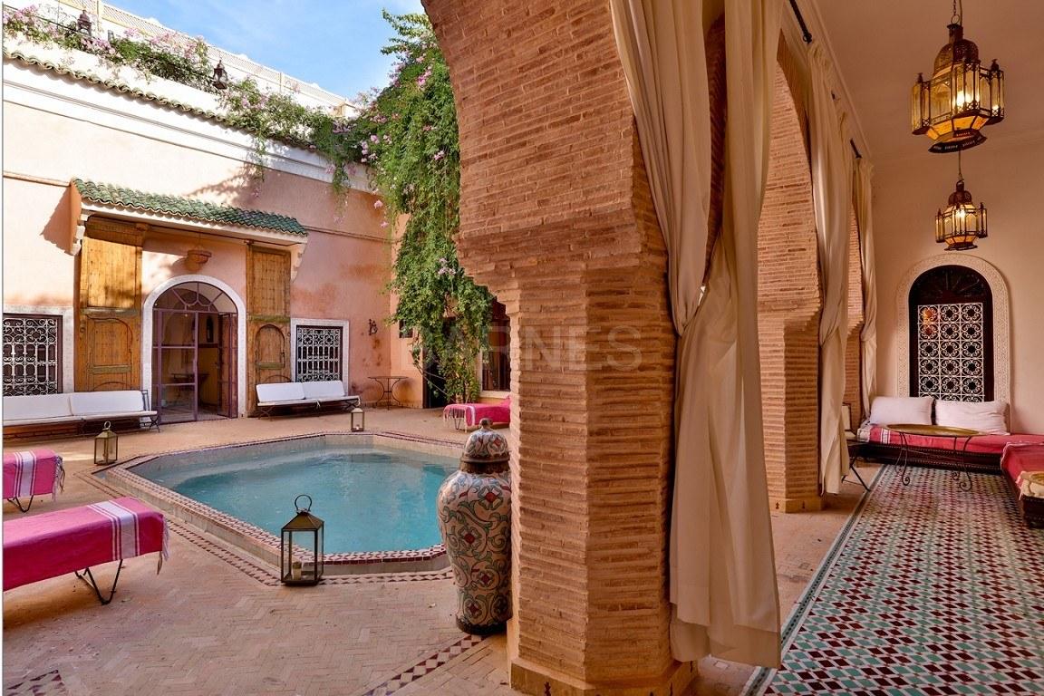 Somptueux riad avec piscine chauff e dans l un des for Riad essaouira avec piscine