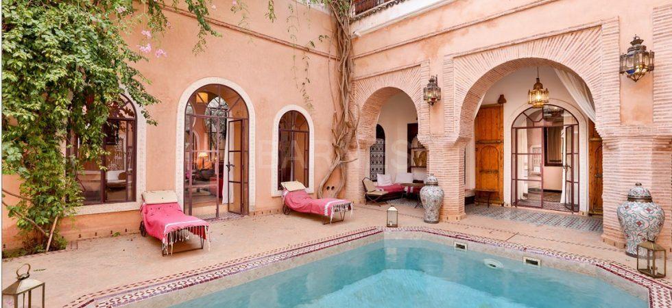 Somptueux riad avec piscine chauffée dans l'un des meilleurs quartiers de la médina