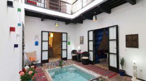 Shock of heart assured. Splendid small riad, 2 bedrooms, pool, pretty terrace, located in an excellent district