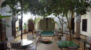 Riad composed of two patios, in view of the results of the last years, nice business to seize