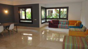 Très bel appartement en rez de chaussée dans une résidence avec piscine, bien haut de gamme