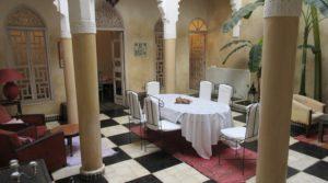 Emplacement juste parfait, Bab Ksour et à quelques pas de la place Jamaâ El Fna