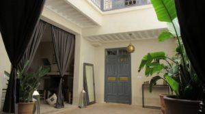 Riad raffiné situé dans un bon quartier avec accès voiture