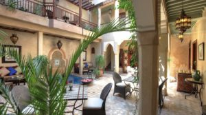 Beautiful guest house in Bab Doukkala. Remarkable in every way, car access to 150 meters