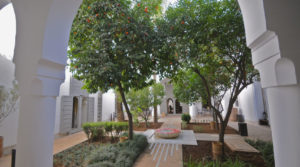 Exceptional riad of the 18th century. A real, beautiful garden with its central fountain, located 6 minutes from Jamaâ El Fna Square
