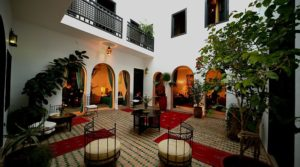 Charming riad, heated swimming pool terrace, good district with perfect car access