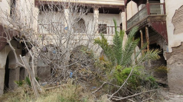 Ancienne demeure au coeur de la medina. Très belle surface de plus en plus difficile à trouver. 425 M² titré, ouvrant la perspective de réaliser un beau et grand projet