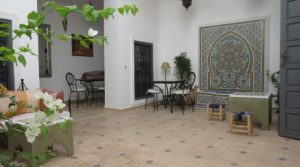Very bright riad 10 minutes from Jemaa El Fna square with perfect car access