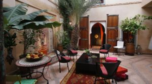 Charming riad for any project, excellent district with car access