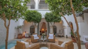 Authenticity, sobriety, elegance, beautiful pool, hammam and superb terrace. Sumptuous riad where time stands still