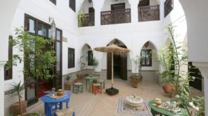 Magnifique riad privé, Sidi Bel Abbes, accès voiture à 100 mètres